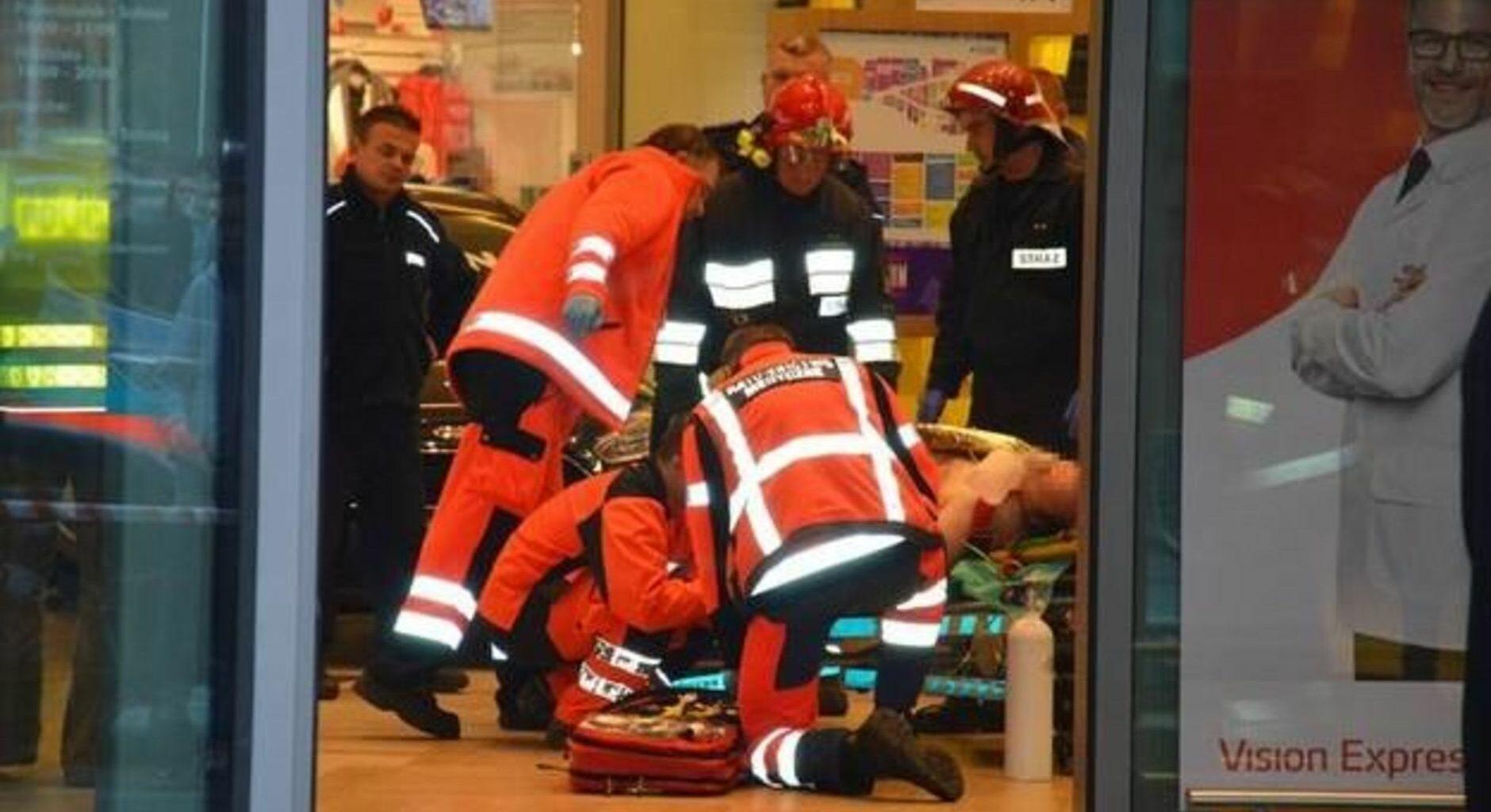 Poland shopping mall attack